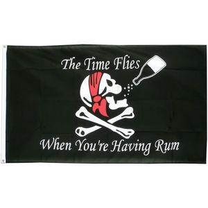 DRAPEAU DÉCORATIF drapeau pirate et bouteille rhum teted e mort cran