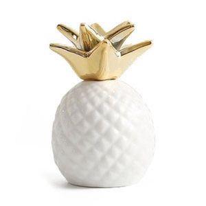 TIRELIRE Tirelire en forme d'ananas blanc en ceramique , or
