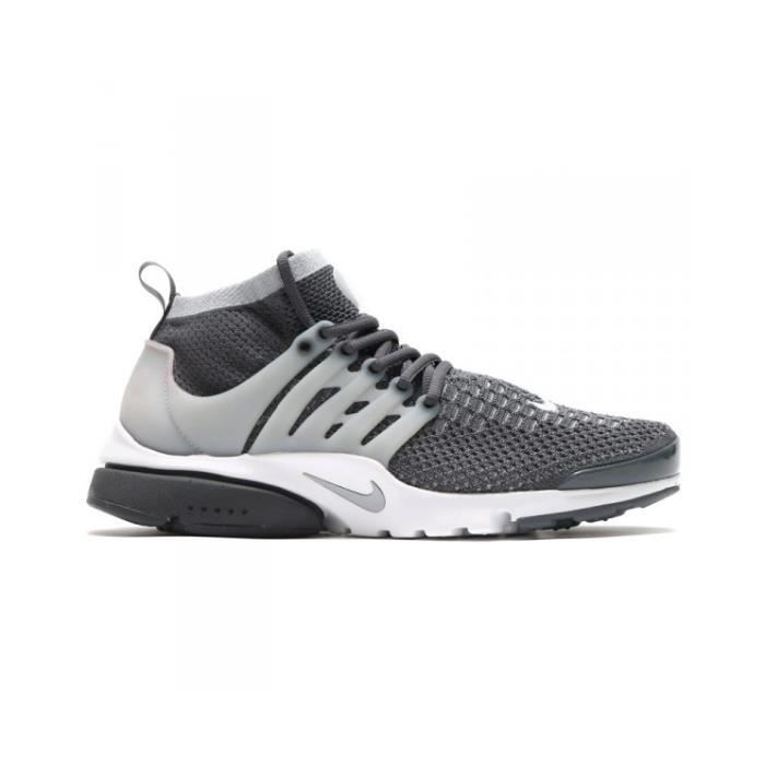 chaussures nike 41