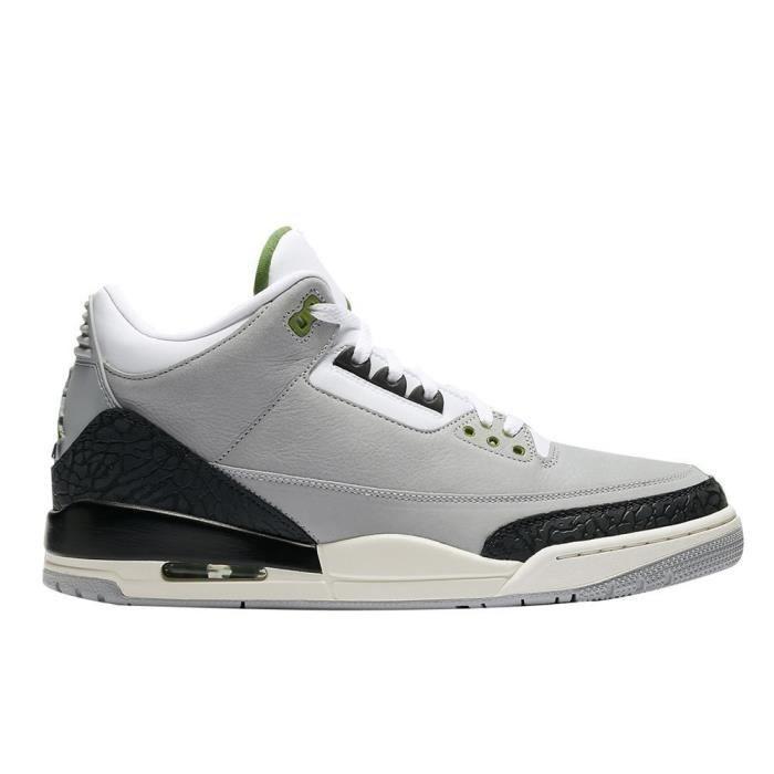 détaillant en ligne 1671e 91cc8 Chaussures Nike Air Jordan 3 Retro