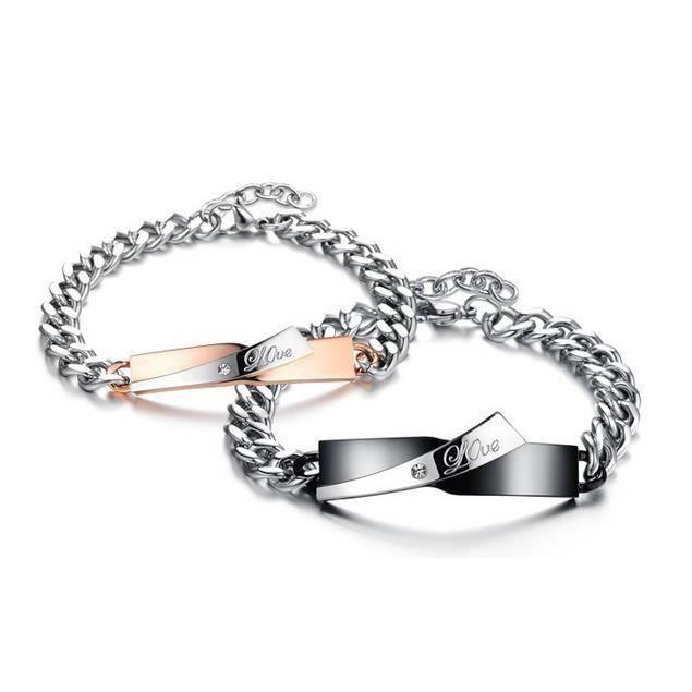 BRACELET , GOURMETTE LOVE bracelet pour couple en titane