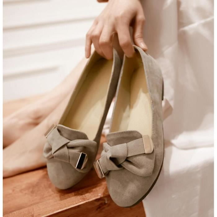 Simple Doux Pure Color Suede Round Toe Flat Sho...