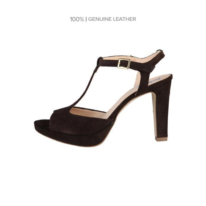 Arnaldo Toscani ᐧ - Chaussures femme ᐧ - Collection Printemps-Été ᐧ - Sandales avec fermeture de cheville réglable…