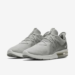 b0f986be82 BASKET Basket Nike Air Max Sequent 3 921694 003 Gris.