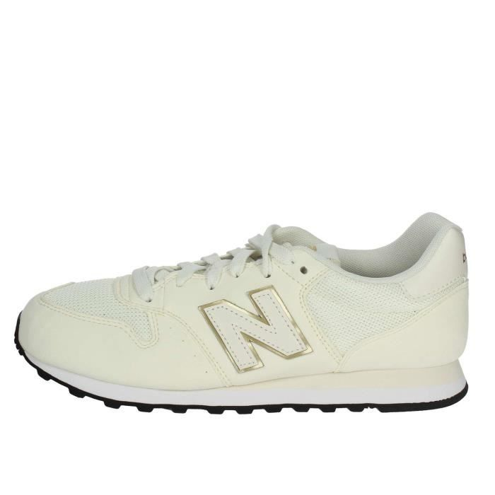 new balance creme et rouge