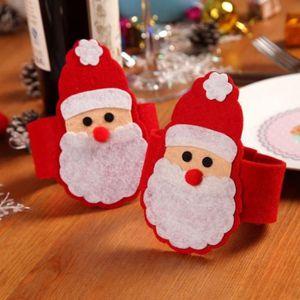 Décors de table 4 Pcs * des serviettes Père Noël ensembles de Noël