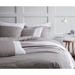housse de couette taupe et blanc achat vente pas cher. Black Bedroom Furniture Sets. Home Design Ideas