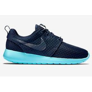 BASKET WMNS NIKE ROSHE ONE 511882-444