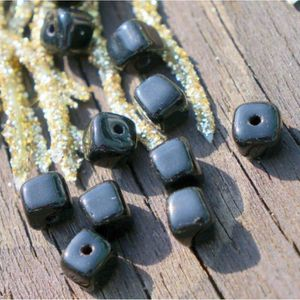 Perles Noir Opaque Cube en Verre Perles Noires tchèque Pe