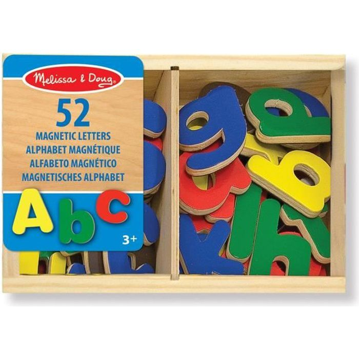 MELISSA & DOUG - 52 Aimants Alphabet En Bois - Garçon et Fille - A partir de 3 ans - Livré à l'unitéJEU D'APPRENTISSAGE