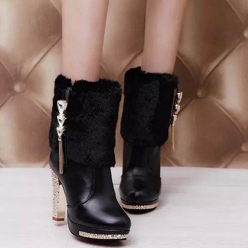 bottes, bottines ultra courte des bottes imperm...
