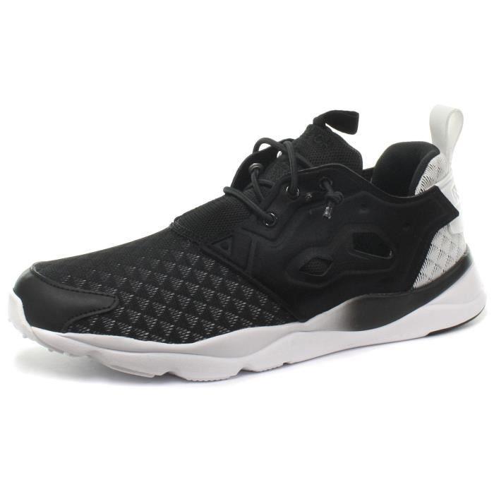43f860e907456 REEBOK Classique Furylite Sheer Chaussures Baskets noires de femmes ...
