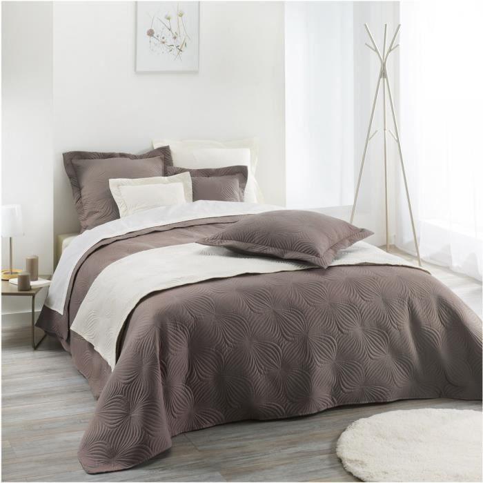 couvre lit 220 x 240 cm florencia taupe achat vente jet e de lit boutis soldes d s le. Black Bedroom Furniture Sets. Home Design Ideas