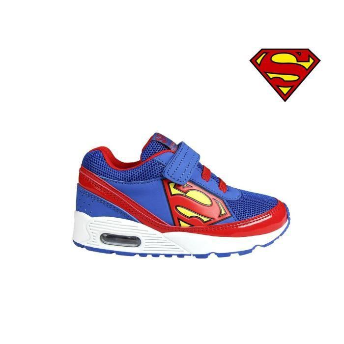 2300002601 Baskets à scratch pour enfant SUPERMAN idéal pour l'école (30)