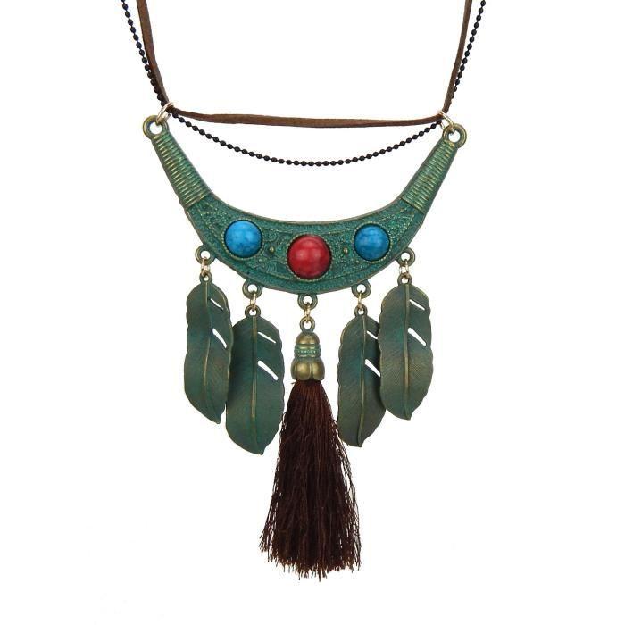 afba9900c566c Belle long collier ethnique style Ibiza vert noir marron avec bracelet en  cuir par Ella Jonte