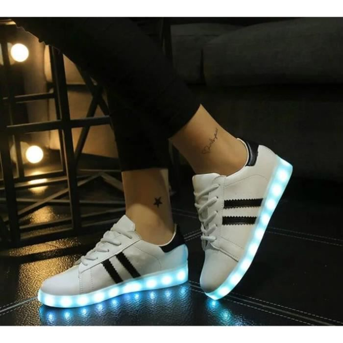 USB Charge LED Éclairage Chaussures Trois Horizontals Iridescence Superstar Homme et Femme Chaussure Mode Sport Basket ...