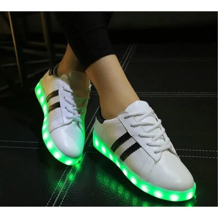 ... USB Charge LED Éclairage Chaussures Trois Horizontals Iridescence Superstar Homme et Femme Chaussure Mode Sport Basket
