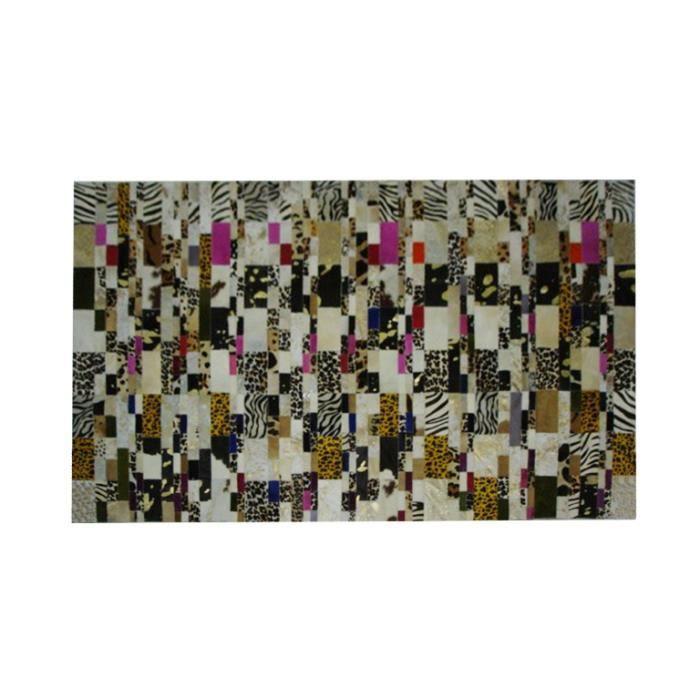 tapis peau pas cher tapis peau de vache westwing lintrieur tapis peau de with tapis peau pas. Black Bedroom Furniture Sets. Home Design Ideas