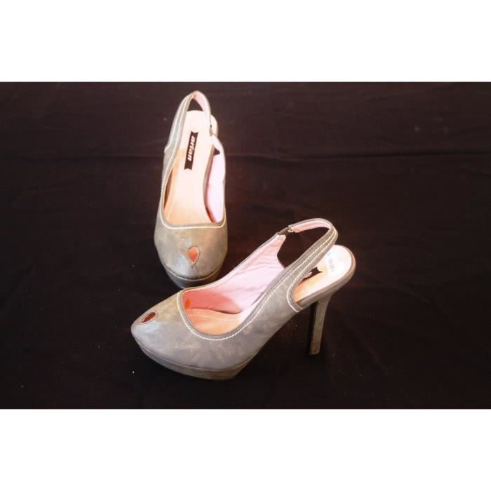 Chaussures femme Talons aiguilles Taille 40