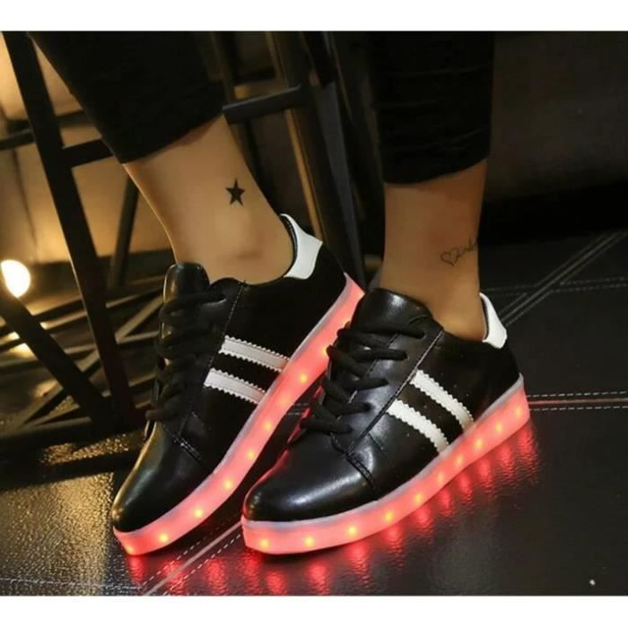 USB Charge LED Éclairage Chaussures Trois Horizontals Iridescence Superstar Homme et Femme Chaussure Mode Sport Basket