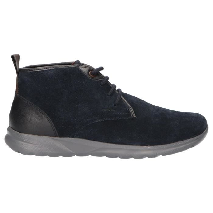 mousse pour chaussure geox