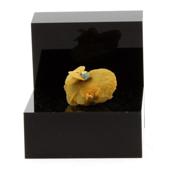 Pierre-Siderite, Quartz, Pyrite. 36.3 ct. Mésage Mine, Vizille, France. Rare