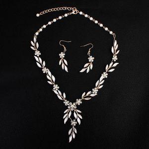SAUTOIR ET COLLIER Accessoires de bijoux de mode collier + boucles d'