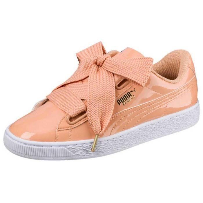 Chaussures femme Baskets Puma Select Basket Heart De