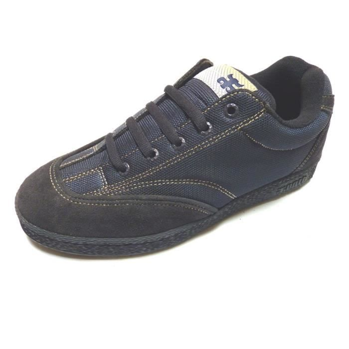 IPATH Universal Navy Suede