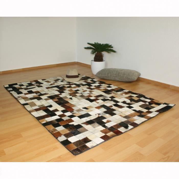 tapis carr peau de vache cuir carpet 120 x 170 cm achat vente tapis cdiscount. Black Bedroom Furniture Sets. Home Design Ideas