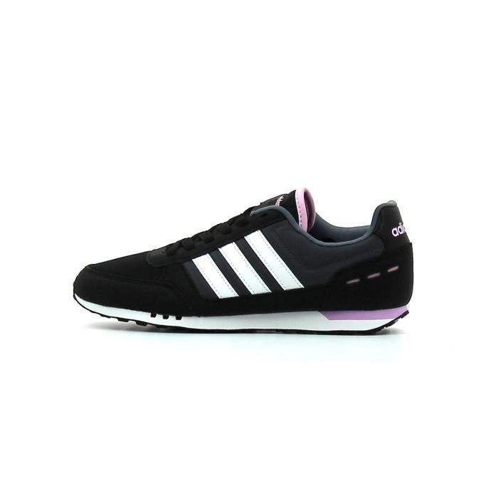 Baskets basses Adidas City Racer W