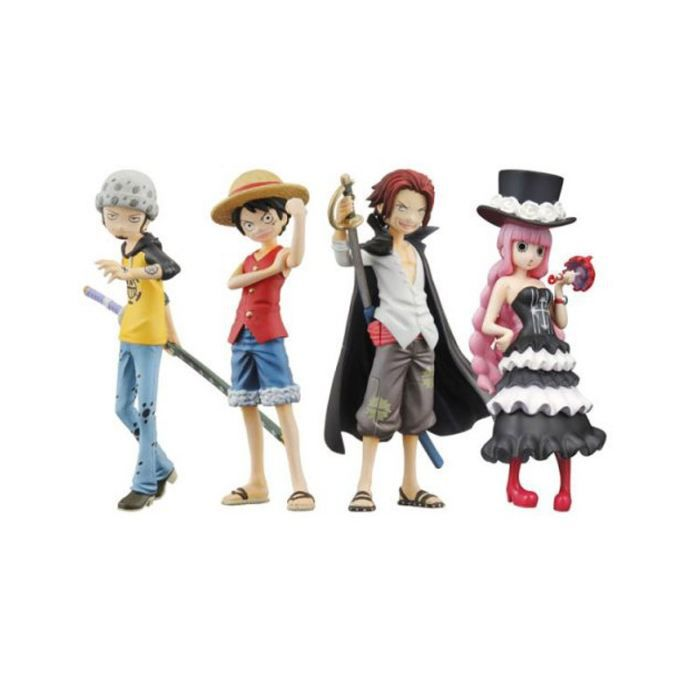 8 figurines one piece