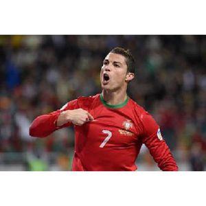 AFFICHE - POSTER Poster photo Cristiano Ronaldo avec le Portugal (D