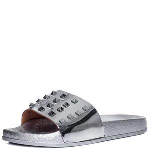BOTTINES - BOOTS Allure Sandales plates cloutées glissière Chaussur
