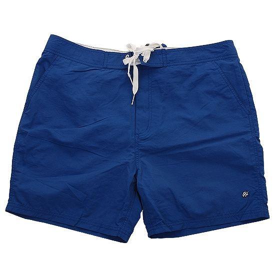 6a5a168dc4413 Pour des baignades sereines et exceptionnelles, faites un tour au rayon  prêt-à-porter de Cdiscount pour découvrir une grande sélection de maillots de  bain ...