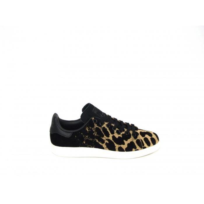 grand choix de a0e05 a5143 Adidas Stan Smith W - Sneakers En Nubuck, Coloris Beige Et ...