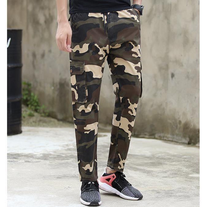 Les loisirs pantalons camouflage de l'outillage de détente
