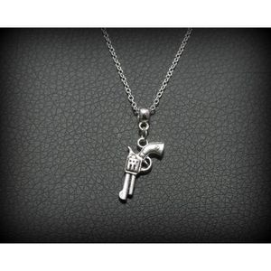 SAUTOIR ET COLLIER Bijou collier chaîne pendentif pistolet , idée cad ef2dbc1790e4