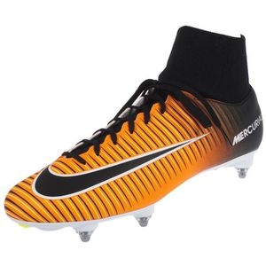 CHAUSSURES DE FOOTBALL Chaussures football lamelles Mercurial victory fit