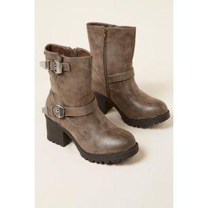 BOTTINE bottines  /   boots rock femme mtng 51220