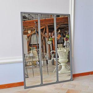 miroir industriel achat vente pas cher. Black Bedroom Furniture Sets. Home Design Ideas