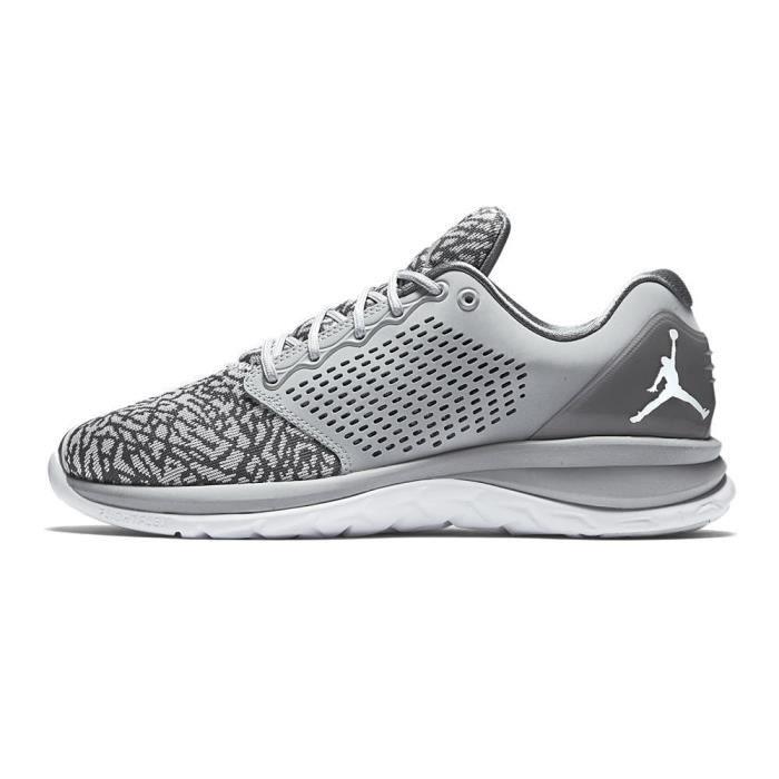 detailed look afada 8faf0 BASKET Chaussures Nike Jordan Trainer ST