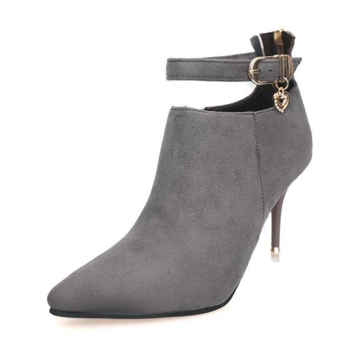 L'automne et l'hiver nouveau bien avec des chaussures en daim à talons hauts talons hauts ont indiqué après le diamant de fermeture