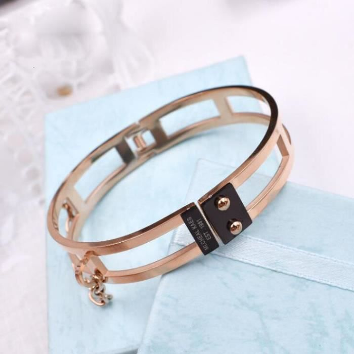 Bracelet en or rose 18 carats en acier titane exagéré