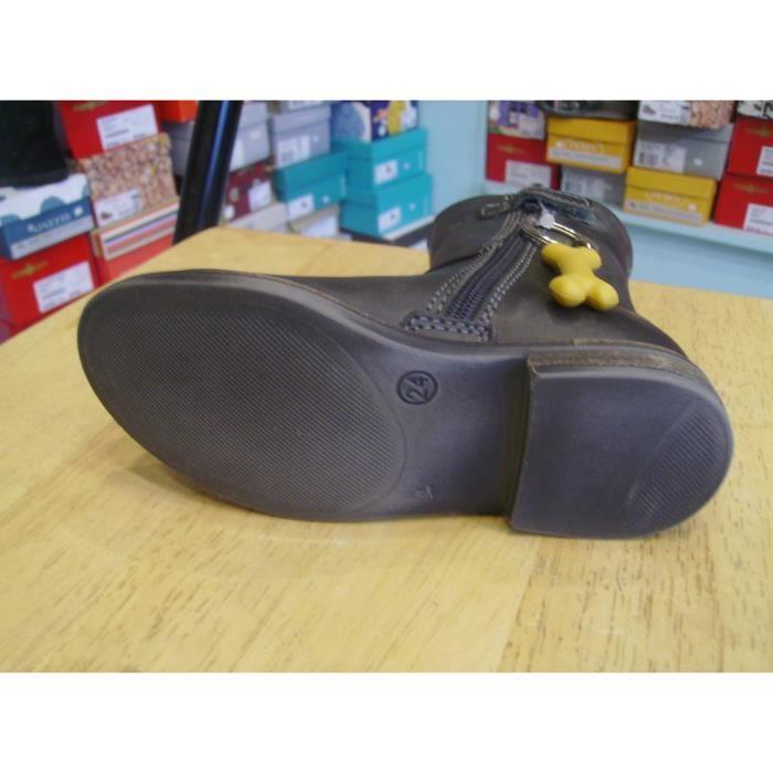Chaussures enfants. Bottines filles STONES AND BONES P24