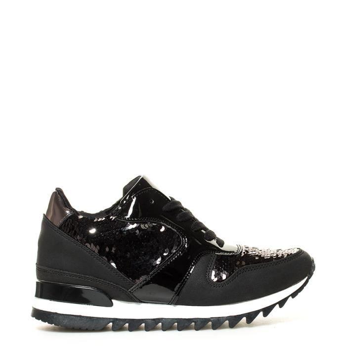 Chika10 - De nouvelles chaussures Ines 01 noir hauteur coin interne: 5cm