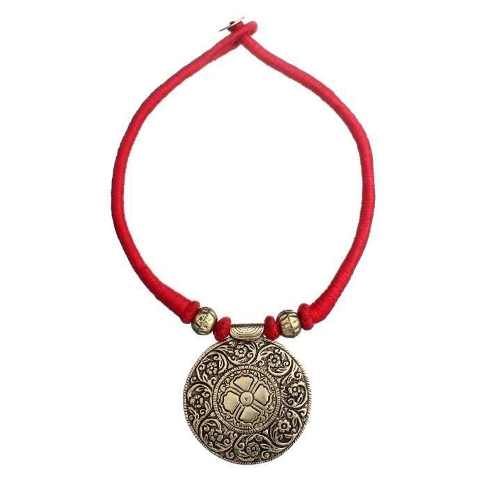 Collier tribal des femmes Fil rouge avec pendentif en laiton NTZDL