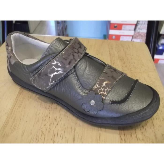 Chaussures enfants. Chaussures basses filles à scratchs BELLAMY P34