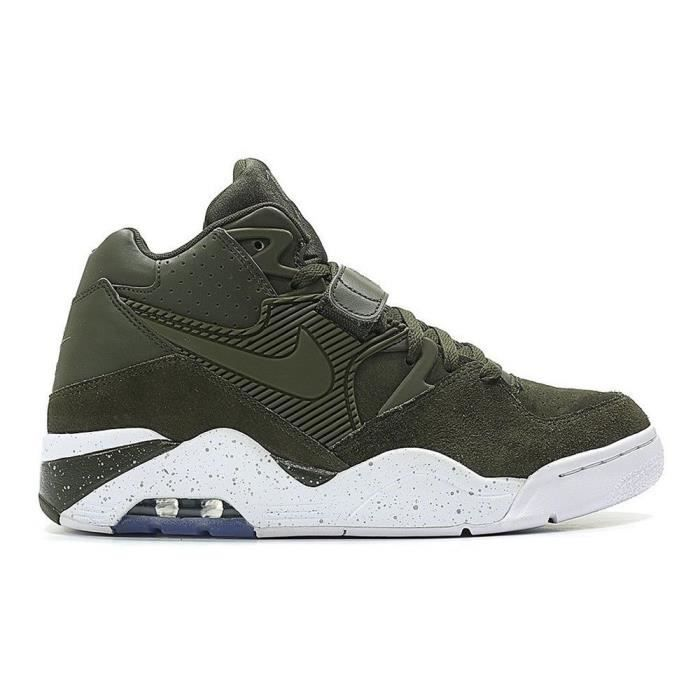 outlet store 8b2a2 deccb BASKET Chaussures Nike Air Force 180