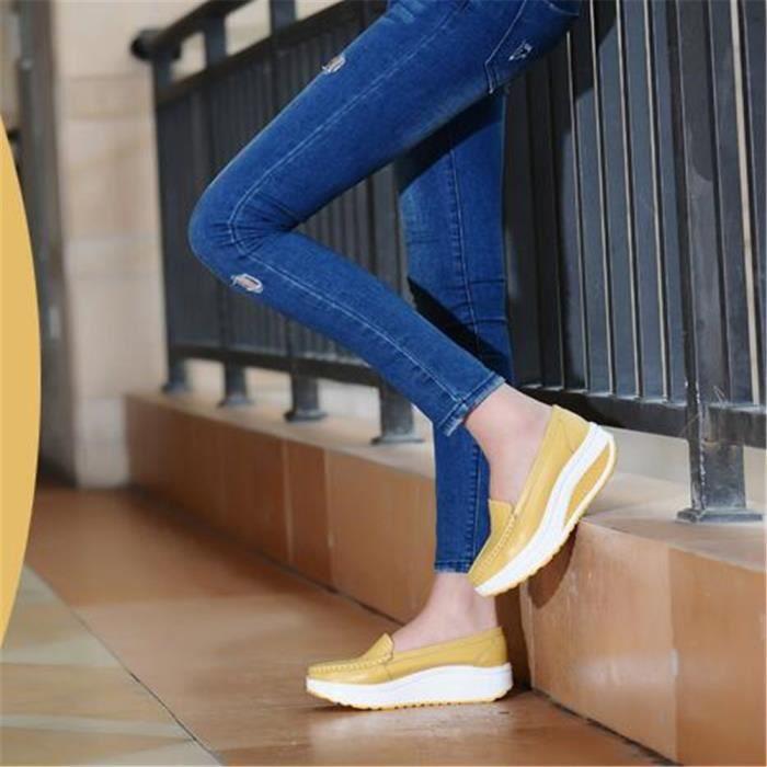 Sneakers femmes De Marque De Luxe Chaussure femmes 2017 Nouvelle arrivee ascenseur en cuir Moccasins Grande Taille 35-41